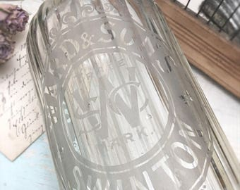 Large vintage seltzer bottle ~ soda siphon ~ antique glass ~ brocante decoration ~ made in England ~ hw2954e