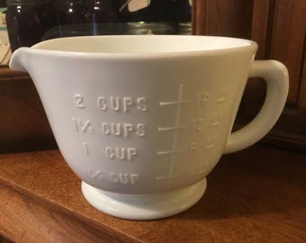 Mid Century Vitrock Two Cup Measurer with Pouring Spout.   Mid century Milk Glass Measuring Cup with Handle and Pour Spout.