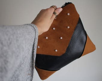 Pouch #PERLES Pu leather and brown suede with a crystal bead