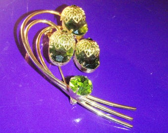 Vintage rhinestone Julianna  made by Delizza & Elster for sarah coventry brooch
