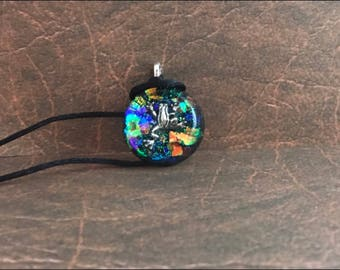 Pendant , circled resin , hopping frog charm