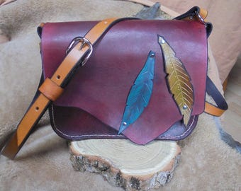 Messenger bag made of leather, handcrafted