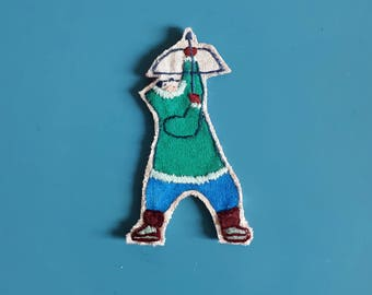 Brooch embroidered inuit bow
