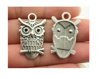 (D57) silver OWL charm