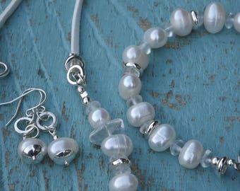 Fresh Water Pearl Jewellery Set necklace bracelet and earrings