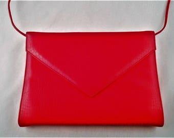 Vtg 1980's Shoulder Clutch Purse Retro Red Snakeskin Style Envelope Flap Close
