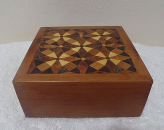 Moroccan Jewelry Gift Box Handmade With Thuya Wood Kaleidoscope Design