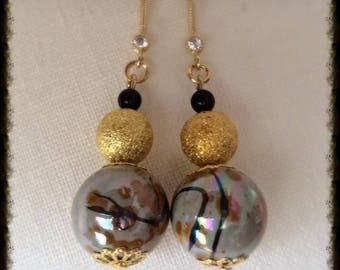 Round Pearl Earrings gold and porcelain gray black and Red