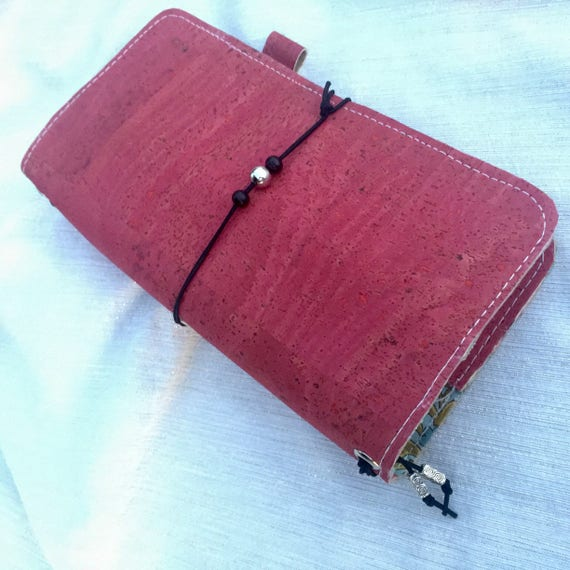 Gorgeous traveler's notebook in beautiful cranberry red cork fabric.  Useful as a planner,journal, etc. Inserts included!