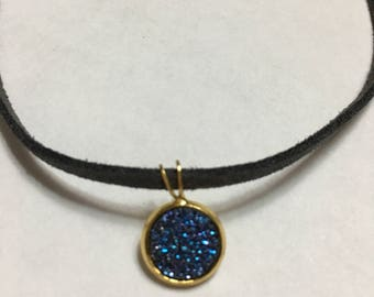 10mm Blue Glittery Stone on Gold!! Charcoal Grey Suede Choker!!