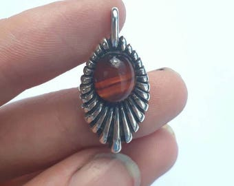 Israeli silver banded agate or striped orange brown jasper hard stone sterling pendant necklace vintage