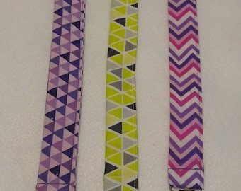 Geometric pattern pacifier clip / baby boy / baby girl / baby accessory / baby gift / baby shower