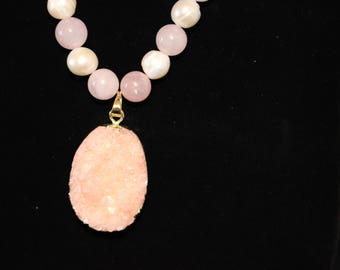 Rose quartz with Fresh water pearls and pink agate druzy pendant