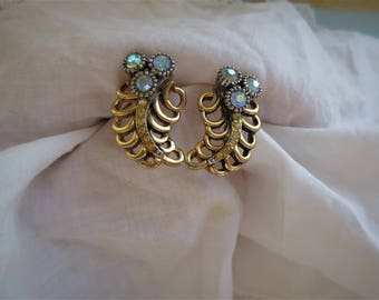 Vintage Australian Elizabeth Reimer Arcansas Blue Aurora Borealis Rhinestone Earrings