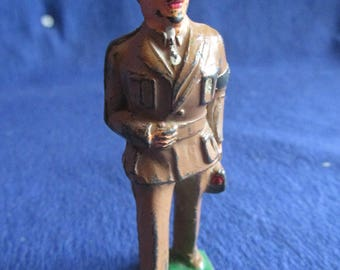 Antique 1936 Barclay Army Doctor Lead Toy Soldier