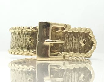 Classic Vintage 1979 Buckle Gents Ring 9ct Yellow Gold Bark Detailing Signet Band Size R (USA 8 1/2) Free Shipping