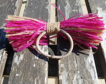 Vintage COLLEZIONE raffia bow/ hair elastic