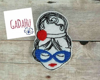 Fashion Girl with Sunglasses and headband feltie. Embroidery Design 4x4 hoop Instant Download. Felties SALE!