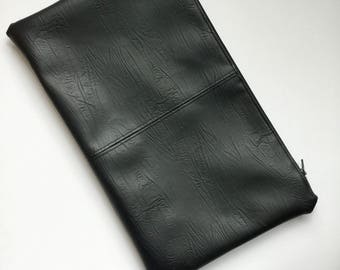 Cruelty free clutch - Vegan leather Clutch Black