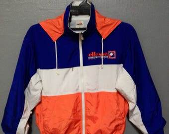 Rare!! Vintage Ellesse Windbreaker/Jacket/zipper/Hoodie/Sweater Nice Colour Size S