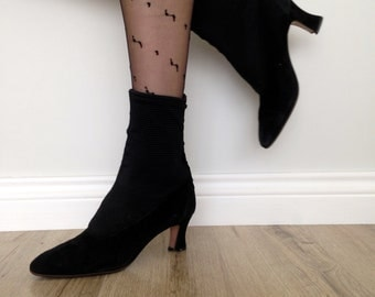 Fantastic suede ankle boots