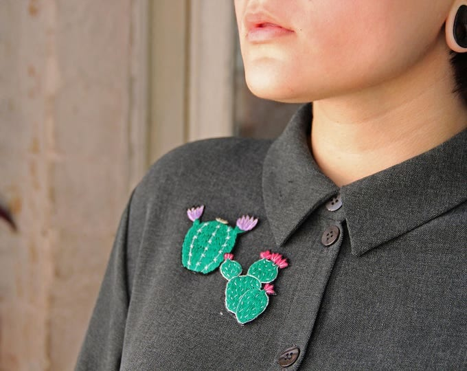 Cactus brooch Succulent jewelry pin Embroidered brooch Cactus embroidery Succulent lapel collar pin Cactus lover gift Nature inspired pin