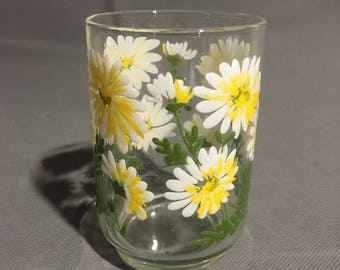Vintage Libbey Footed Drinking Glass 8 oz Daisy Design