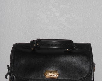 Liz Claiborne CADET CLUTCH thick black leather messenger bag