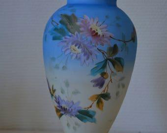 Vintage milkglass vase Napoleon III