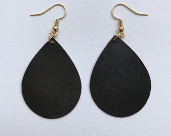 Paper Teardrop Earrings/Black/Solid Black/The Morgan