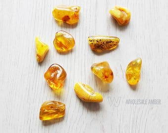 Natural Baltic amber stones. Wholesale amber beads. Polished amber stones. 10 units. SM116