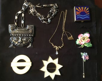 Vintage costume jewelry   Mixed lot
