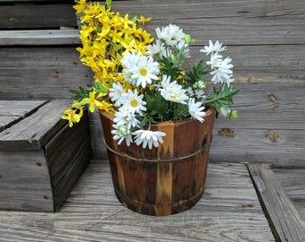 Vintage Ice Cream Bucket, Hand Crank, Primitive Americana, Large  Wood Planter, Fall Landscapping, Primitive Porch Decor, Chabby Chic