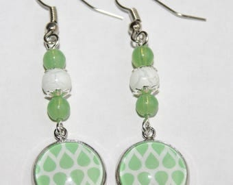 Graphic cabochon dangle earrings