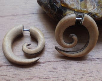 Fake Gauge Earrings, Wood Fake Spiral Earrings, Wood Fake Earrings, Wooden Accessories, Bali Jewelry 3DC17