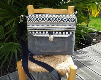 Grey canvas bag and black and white pattern