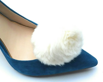 Pom Pom Shoe Clips, Cream, Rabbit Fur Shoe Clips, Bridal Shoe Clips, Wedding Accessories, Wedding Shoes, Bridal Shoes, Real Fur Shoe Clips