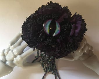 All eyes on Sin pin brooch