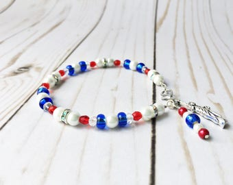 Adorable beaded bracelet for tour americana collection or 4th of July