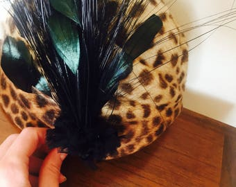 Glamorous Feather Hairpiece