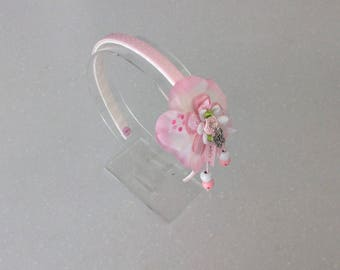 Pink hair band for girl with flower, beads and charm/handgemaakt