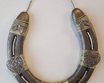 Decorated heart horseshoe