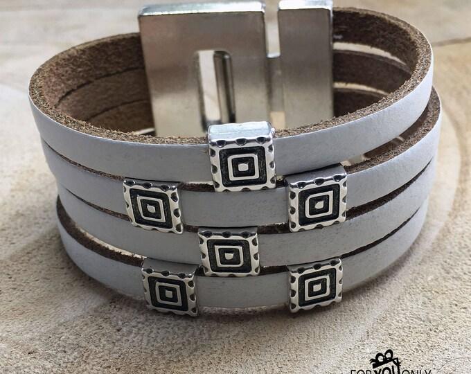 Free shipping within NL bracelet leather boho magnet closure Dqmetaal white bracelet