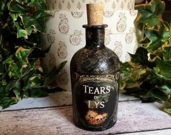 Game of Thrones. Tears of Lys Bottle. Game Of Thrones Gift. Game of Thrones Prop. Potion Bottle. Gothic Bottle. Bottle. Steampunk Bottle.