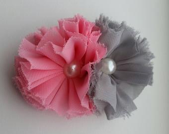 Gray and pink flower hair clip, hair accessory, girls hair clip, pearl accent, photo prop, hair bow, black hair clip