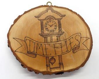 Wood Plaque 'Time Flies'