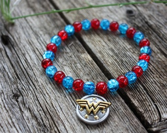 Wonder Woman Double Sided Charm Stretch Bracelet