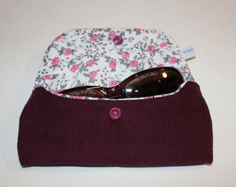 Glasses case in purple velvet, lined with a floral and quilted cotton