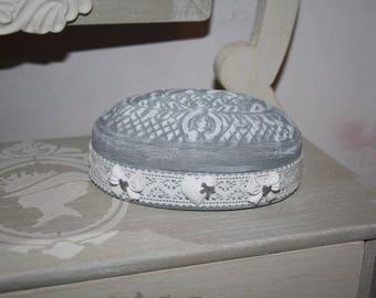 Grey patina to metal jewelry box