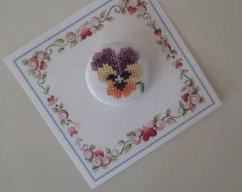 """Button 40 mms. """"Thought"""" embroidery stitches counted hand-made in France"""